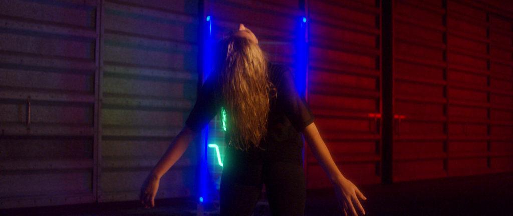 Evah vydává druhý singl s názvem Island